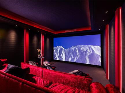 ev-sinema-salonu-akustik-ses-yalitimi-izolasyonu-uygulamasi